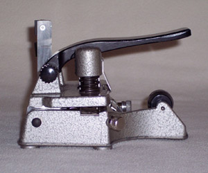 Catozzo film splicer sideview